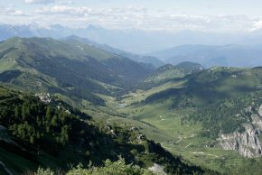 La Valle delle Mure, vista dal Rifugio Bassano